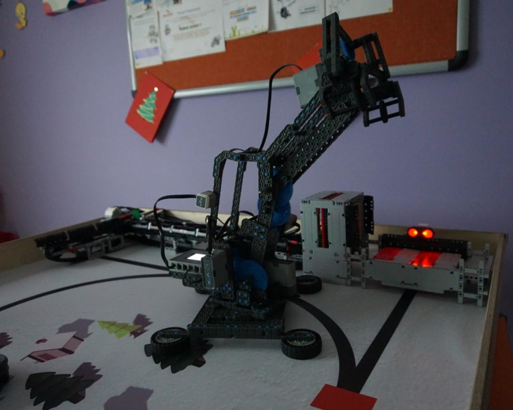 Ρομποτικός βραχίονας VEX