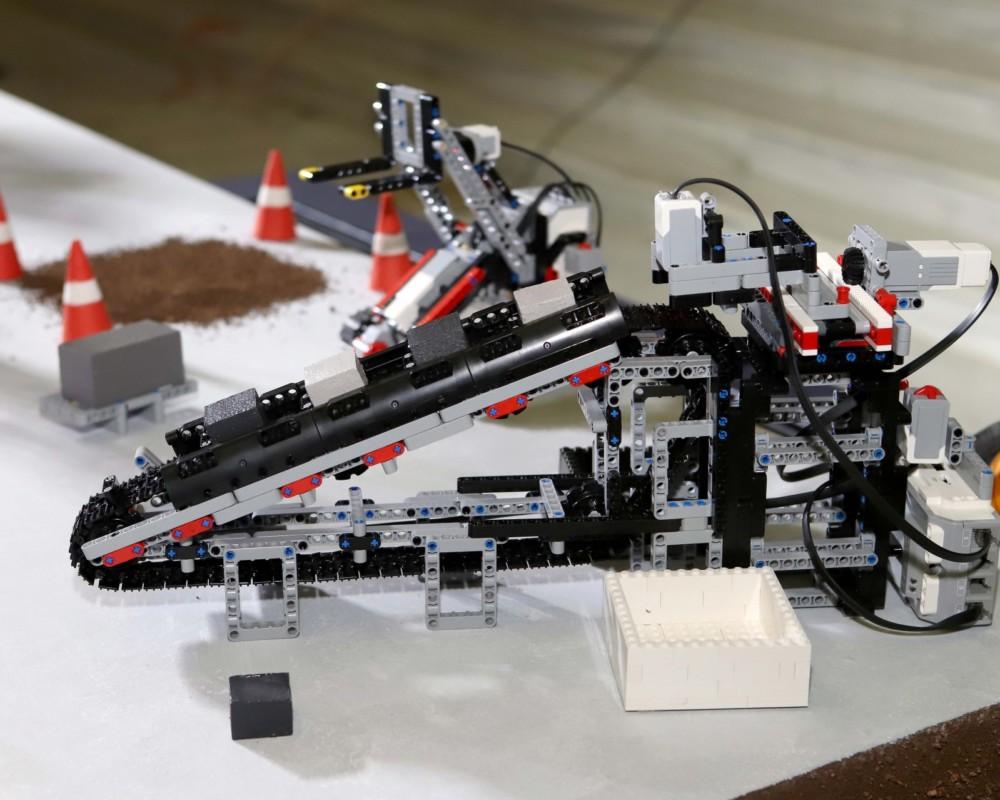 Ρομπότ ταξινόμησης υλικών